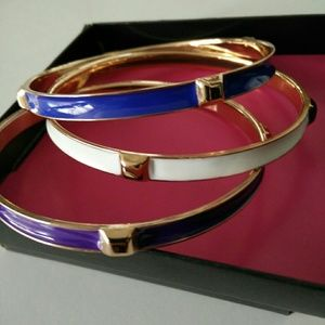 Fergie Outspoken Swirl Bangle Set.